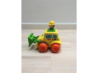 PRESS & DASH, grävmaskin med gubbe - Höllviken - PRESS & DASH, grävmaskin med gubbe - Höllviken