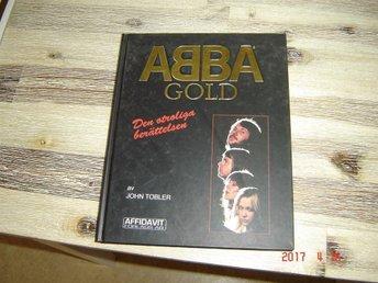 Javascript är inaktiverat. - Eskilstuna - ABBA Gold den otroliga berättelsen boken om ABBA av John Tobler tryckt 1993 enligt vad det står i boken. Utgången och svår att få tag på i dag. RARE!!!! - Eskilstuna