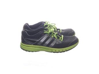 servidor Temblar falso  Adidas, Löparskor, Strl: 40 2/3, Run Strong (404464612) ᐈ Sellpy på Tradera