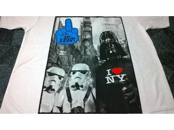 T-Shirt. Vit. Star Wars. Darth Vader. Troppers. New York. Large
