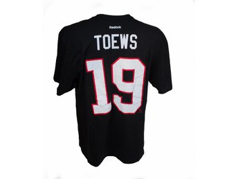 Chicago BlackHawks NHL TOEWS T-shirt strl M från Reebok STANLEY CUP 2015 FINALS