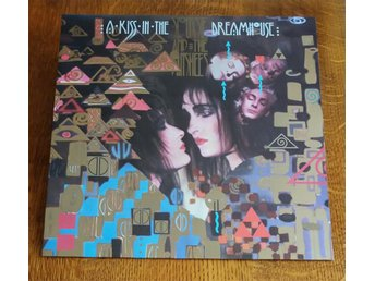 Siouxie and the Bansheed / A Kiss in the Dreamhouse