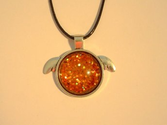 Orange Halsband / Necklace