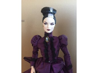 BARBIE Haunted Beauty Mistress Of The Manor Docka, Som Ny Lös Limited Edition