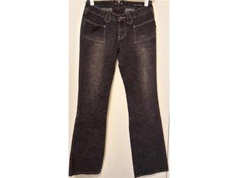 34/36 Sergio Valente bootcut jeans gråa ursnygga unika bra skick. - Skärholmen - 34/36 Sergio Valente bootcut jeans gråa ursnygga unika bra skick. - Skärholmen