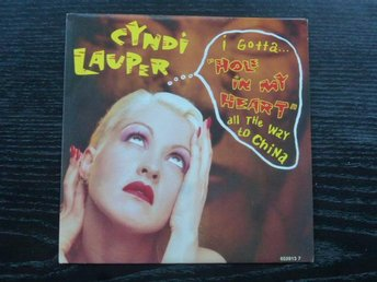 "CYNDI LAUPER - Hole in my heart all the way to China Epic Holland -88  7"" singel"