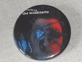 WILDHEARTS - Earth vs the.. - 4,5 cm - Badge / Pin / Knapp (Ginger, Sleaze, Punk