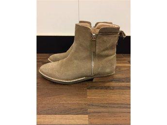 Boots Sandfärgade Mocka size 39 ifrån Zara - Stockholm - Boots Sandfärgade Mocka size 39 ifrån Zara - Stockholm