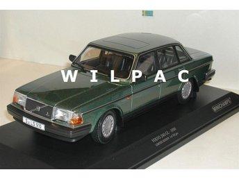 Minichamps STOR och FIN 1:18 Volvo 240 GL1986 grön metallic 1 av endast 702 st. - Zundert (nl) - Minichamps STOR och FIN 1:18 Volvo 240 GL1986 grön metallic 1 av endast 702 st. - Zundert (nl)