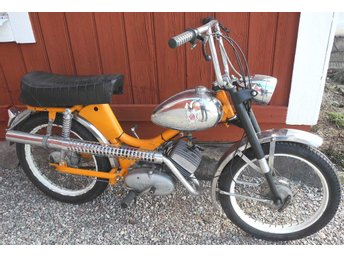 Mustang Cross Special moped