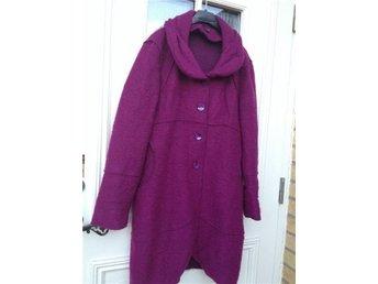 Design höst KAPPA 100% wool (nyp 3990kr)Fri Frakt - Vadstena - Design höst KAPPA 100% wool (nyp 3990kr)Fri Frakt - Vadstena