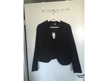 Kavaj jacka svart hm H&M trend söt preppy classy - Vällingby - Kavaj jacka svart hm H&M trend söt preppy classy - Vällingby