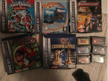 11 Game Boy Advance spel bl.a. Zelda, Yoshis Island och Mega Man 2