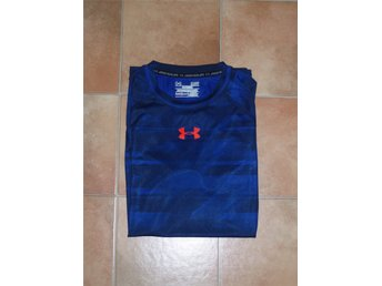 under armour Compression t-shirt stl S bra skick !
