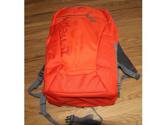Lowepro PHOTO HATCHBACK AW 22L, in perfect condition. used once or twice