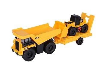 Caterpillar - Truck n Trailer - Dump Truck Pulling Wheel Loader - Varberg - Caterpillar - Truck n Trailer - Dump Truck Pulling Wheel Loader - Varberg