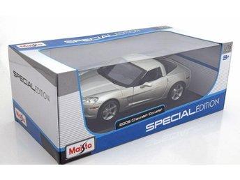 2005 Corvette C6 Coupé. Maisto 1.18. - Genarp - 2005 Corvette C6 Coupé. Maisto 1.18. - Genarp