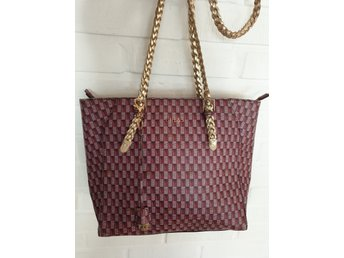 Guess väska (381788415) ᐈ Köp på Tradera