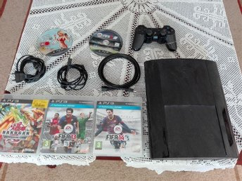 Playstation 3,12 gb.