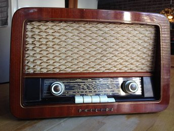 PHILIPS radio typ BS 256 UF