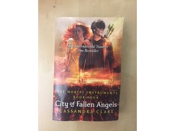 City of fallen Angels - Casandra Clare - Pocket bok 4