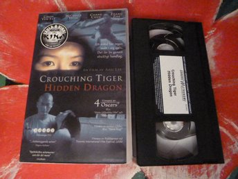 CHROUCHING TIGER HIDDEN DRAGON, VHS, ACTION, FILM, SVENSK TEXT, 115 MIN.