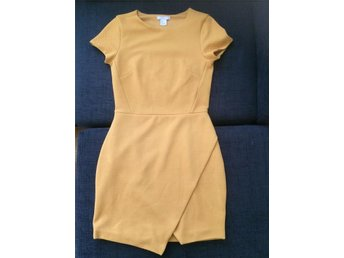 Tight klänning H&M stl 36 - Mölndal - Tight klänning H&M stl 36 - Mölndal