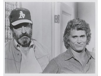 MICHAEL LANDON & VICTOR FRENCH - HIGHWAY TO HEAVEN PHOTOGRAPH  20 x 25cm FOTO