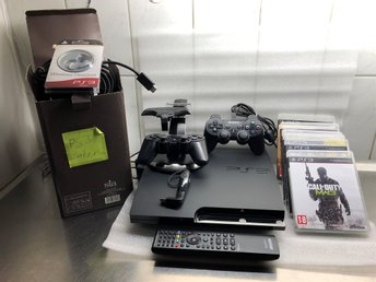 PLAYSTATION 3 MODEL.NO CECH-2004A, 2 KONTROLLER SPEL TANGENTBORD  HEADSET MM.