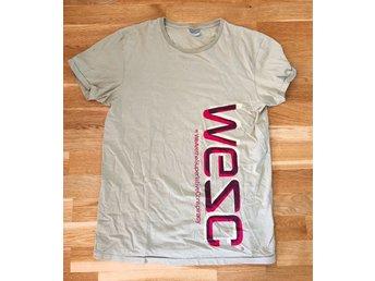 e9f1c7f90618 WESC, T-shirt, kortärmad tröja, beige, storlek L (340078547) ᐈ Köp ...