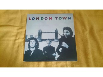 "PAUL McARTNEY &WINGS  ""LONDON TOWN""  PARLOPHONE LP 3C 064-60521 P.1978 UK PRESS"
