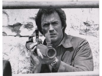 CLINT EASTWOOD AMERICAN ACTOR PHOTOGRAPH 20 x 25cm FOTO