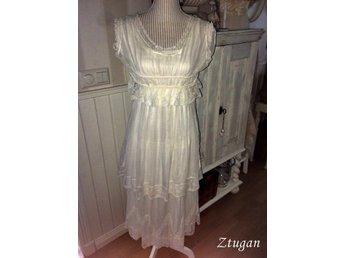 18abcfe0320 Antik Spetsklänning Klänning Sekelskiftet 1900 Edwardiansk Spets Vit Vintage