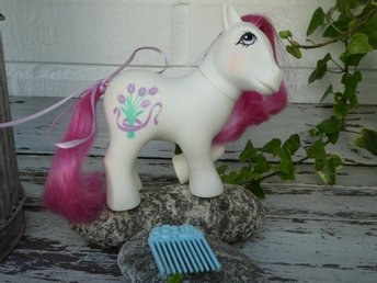 MLP - My Little Pony - G1 - Year 8 - Flower Pony - Tulip with Flower Pick!