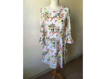 Klänning (knälång) Vintage Blommig och abs.. (407390357