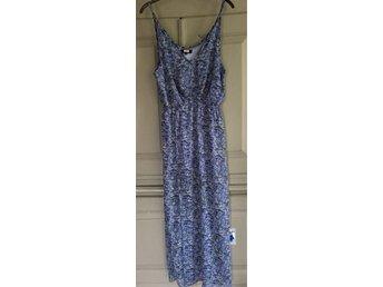 BIK BOK - lång klänning storlek M - Läckeby - BIK BOK - lång klänning storlek M - Läckeby