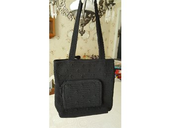 Snygg svart sommarväska. (331362770) ᐈ Köp på Tradera 07ca5e11fb450
