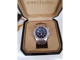 Breitling Avenger Skyland 45mm, år 2011 Full set!