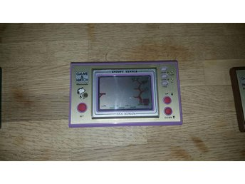 Snoopy tennis game and watch spel