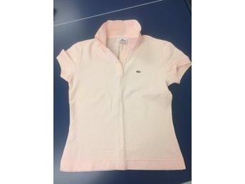 c138d703c8f Lacoste ᐈ Köp T-shirts för dam online på Tradera • 10 annonser