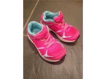 Rosa sneakers med turkosa detaljer, stl 24 - Norsholm - Rosa sneakers med turkosa detaljer, stl 24 - Norsholm