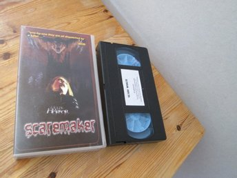 SCAREMAKER HOUSE OF HORROR VHS SVENSK TEXT SPELTID 96 MIN PROD ÅR 1984
