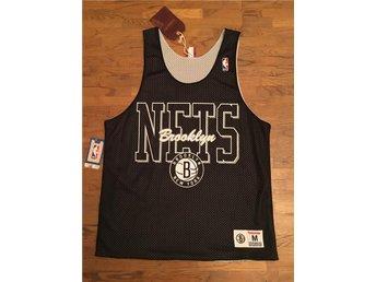 Brooklyn Nets NBA Linne Vändbart Mitchell & Ness M&N Medium - Malmö - Brooklyn Nets NBA Linne Vändbart Mitchell & Ness M&N Medium - Malmö