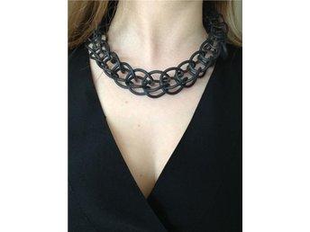 Design halsband svart gummi.Fri frakt - Vadstena - Design halsband svart gummi.Fri frakt - Vadstena