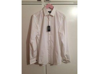 Hugo Boss lyx skjorta ny dubbel manschett stl 39 - Bagarmossen - Hugo Boss lyx skjorta ny dubbel manschett stl 39 - Bagarmossen