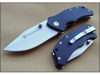 Smith & Wesson Linerlock Tactical Folding Knife.