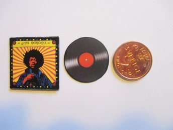 LP till dockskåp JIMI HENDRIX   ( cant play, totally made of paper )