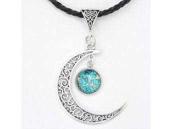 Blå Måne Halsband / Blue Moon Necklace