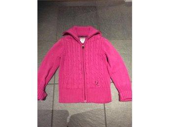 Cardigan stl 128 H&M L.O.G.G cerise rosa kofta stickad - Strängnäs - Cardigan stl 128 H&M L.O.G.G cerise rosa kofta stickad - Strängnäs