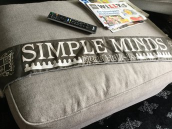 Simple Minds scarf 1984 Sparkle in the Rain